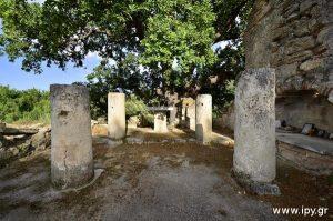 Αγία-Ζώνη-31-Αυγούστου-περιοχή-Πιρούνι-Βυζαντινή-εκκλησία