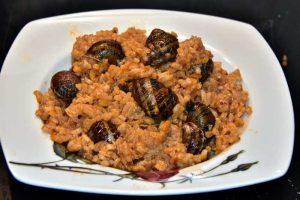 πως ψήνονται οι χοχλιοί με ρύζι σαλιγκάρια συνταγή