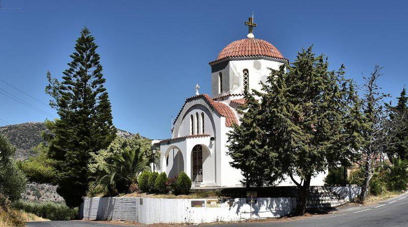 ιερός-ναός-Αγίων-Ραφαήλ-Νικολάου-Ερήνης