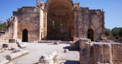 Ο ερειπωμένος ναός του Αγίου Τίτου