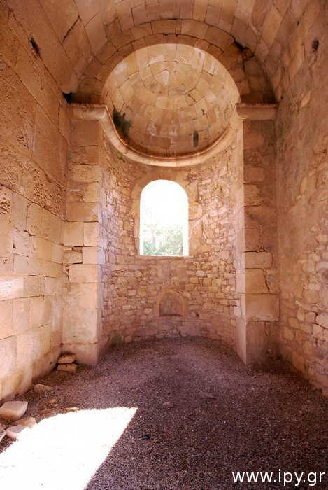 Ναός-ερειπωμένος-Αγίου-Τίτου-Γόρτυνα
