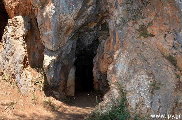 Μινωικό-σπήλαιο-Κρόνιο-Τράπεζας