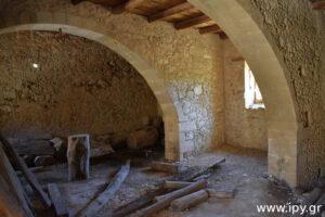 Αποθήκη ελαιοτριβείου Μονής Καρύδι