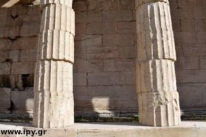 αρχαία κολώνα και σεισμός